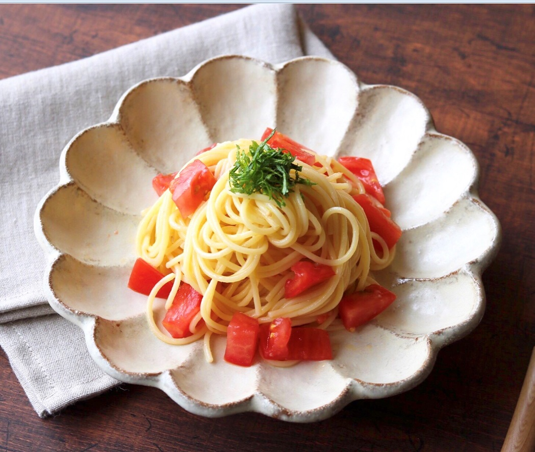 液体塩こうじで、トマトと大葉の冷製パスタ