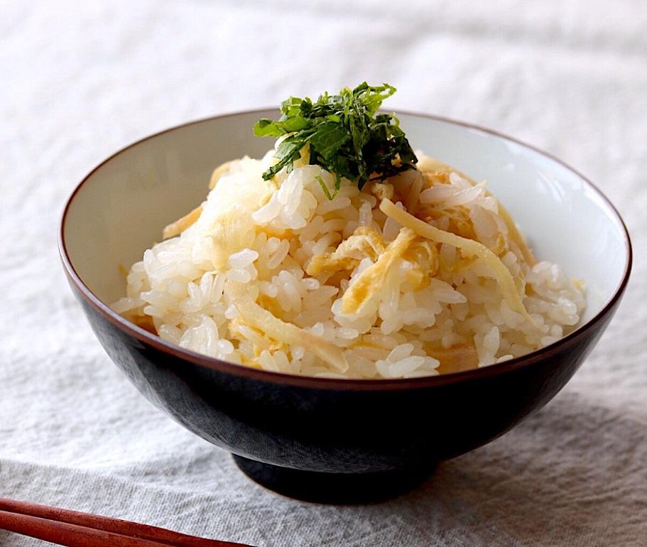 液体塩こうじで☆生姜の炊き込みご飯