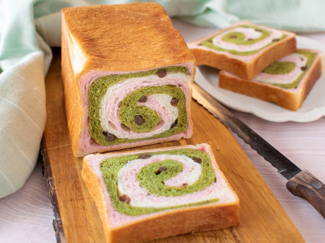 もっちり春の3色うずまき塩こうじ食パン♪