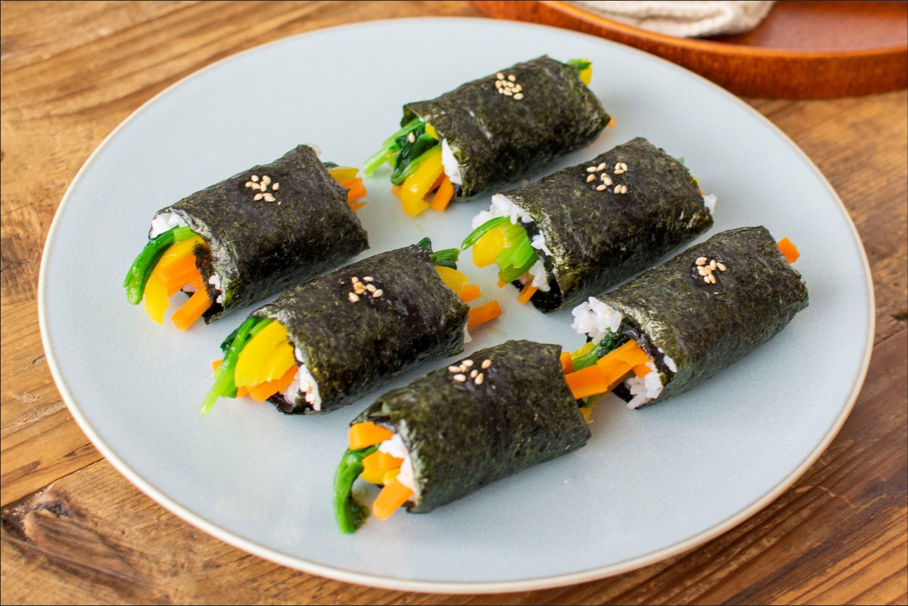 レンジで!塩こうじナムルのくるりん寿司☀