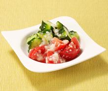 トマトときゅうりのサラダ~塩こうじドレッシング~